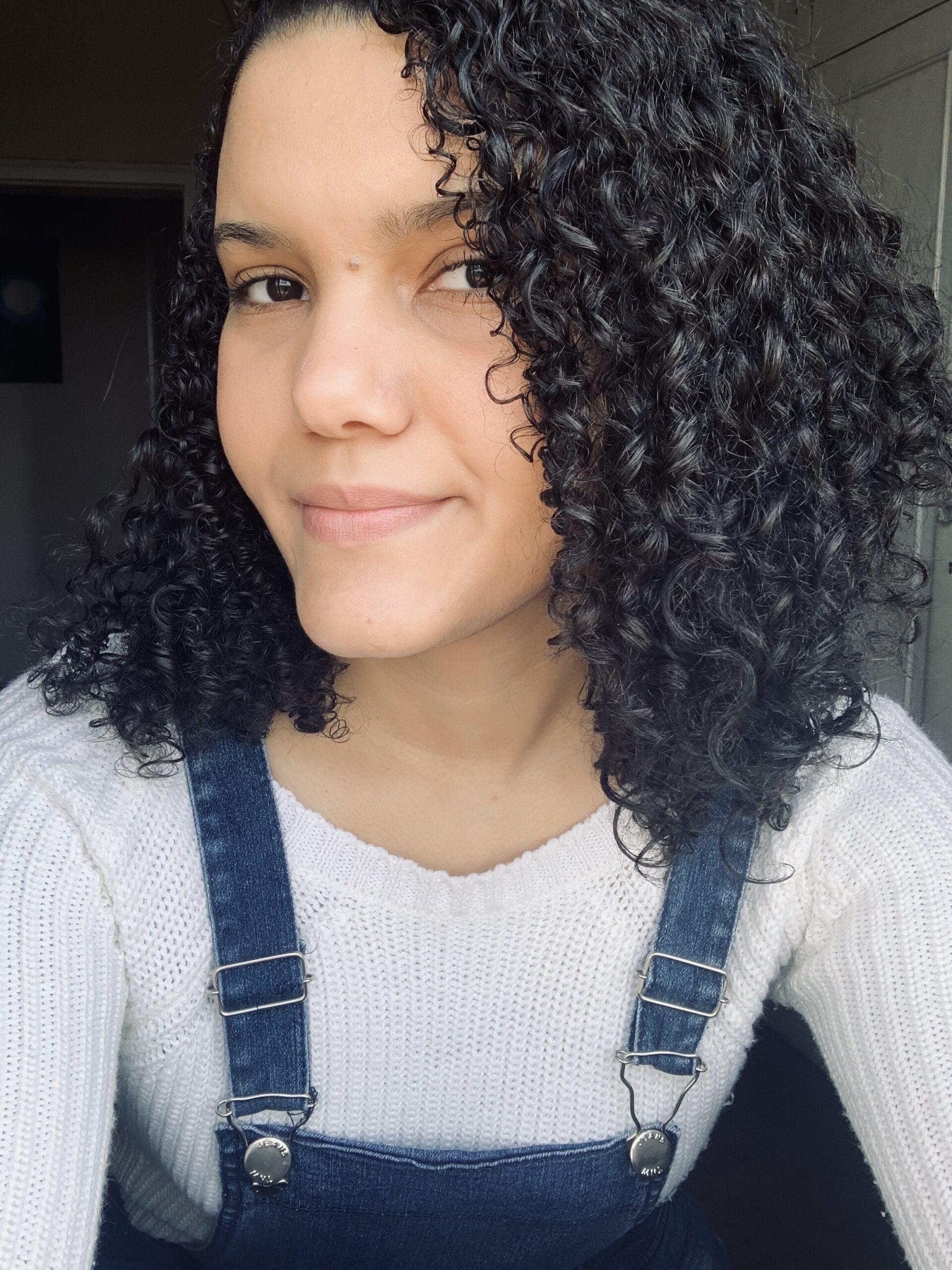 Quem-é-Cinthya-Araújo