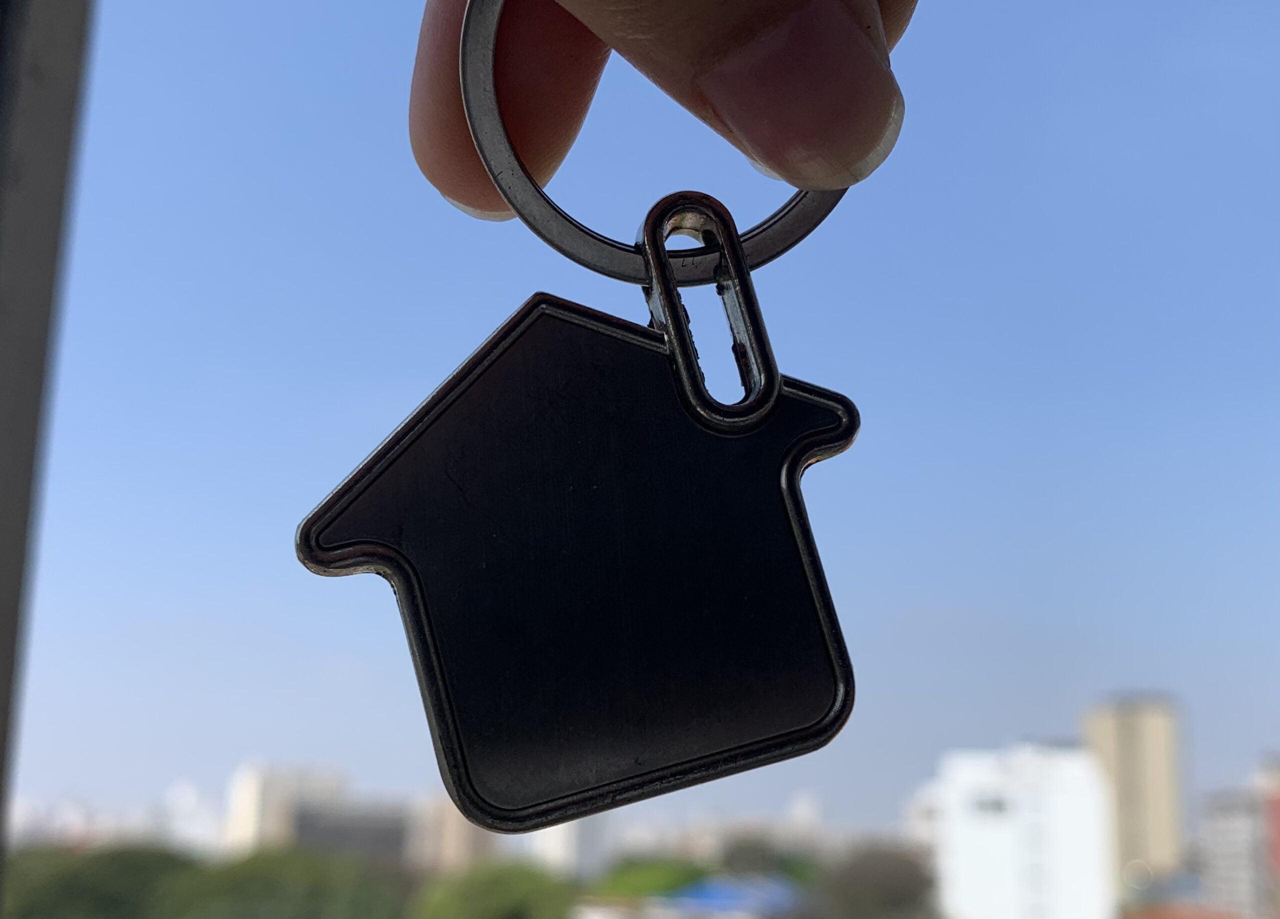 chaveiro formato de casa